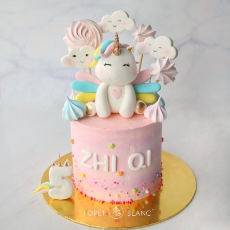 Happy Unicorn Cake