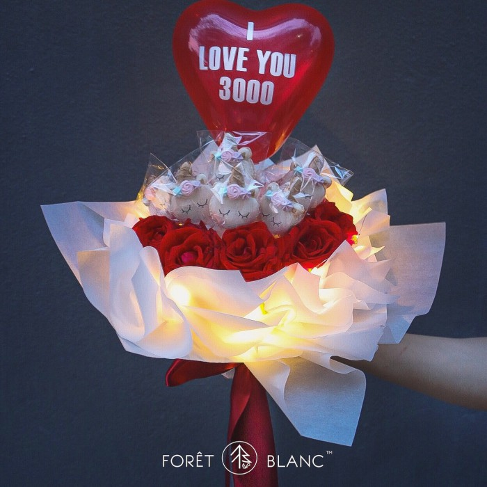 Unicorn Floral Bouquet (Red Rose)